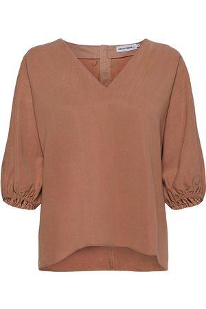 Ahlvar Gallery Nana Blouse Blouses Short-sleeved Brun