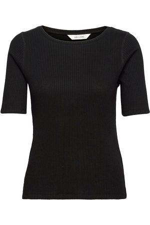 Gai & Lisva Isa O-Neck T-shirts & Tops Short-sleeved