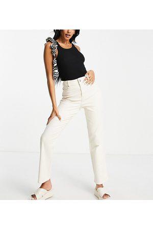 Pieces Wide leg jeans in cream-White