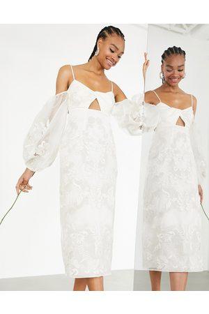ASOS Dame Midikjoler - Willow embroidered twist front midi wedding dress with statement sleeve-White