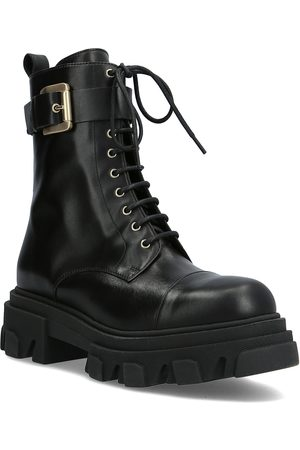 A Pair Mega Chuncky Laze And Buckle Shoes Boots Ankle Boots