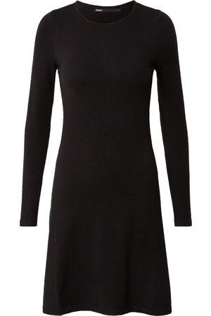 ONLY Dame Korte kjoler - Kjoler 'ONLNEW DALLAS O-NECK DRESS CS KNT