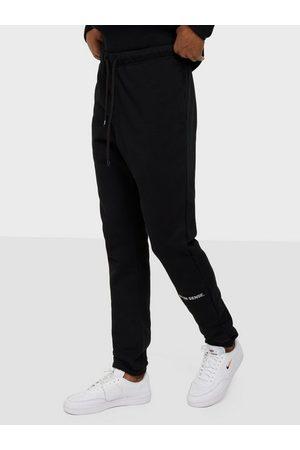 9N1M SENSE Herre Joggebukser - SENSE Logo Sweatpants Bukser Black