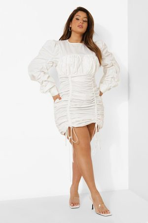 Boohoo Plus Woven Ruched Bodycon Dress