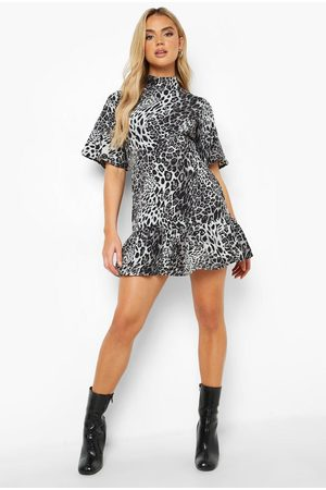 Boohoo Leopard Print Flare Sleeve Skater Dress