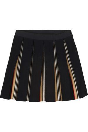 Burberry Pleated wool-blend skirt