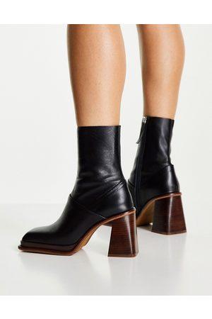 ASOS DESIGN Dame Skoletter - Rochelle premium leather platform heeled boots in black