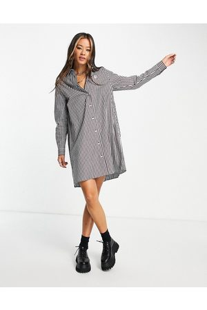 Fred Perry Pleated gingham shirt dress in red check print