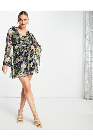 ASOS Dame Mønstrede kjoler - Ruffle floral print mini dress with waist tie and flare sleeve-Multi