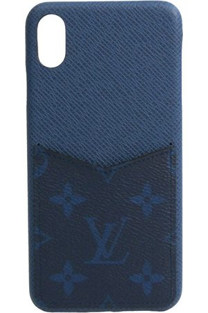Louis Vuitton Vintage Pre-owned Monogram Taiga Leather Phone Bumper For Phone Iphone Bumper XS Max M30273