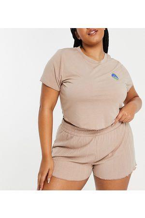 ASOS Curve Dame Pyjamaser - ASOS DESIGN Curve exclusive mushroom jersey top & rib short pyjama set in brown