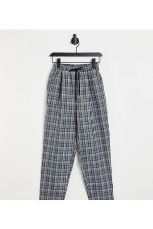Collusion Herre Chinos - Tapered trouser in black & beige check-Multi