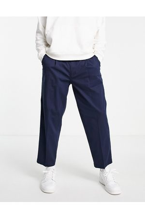 Levis Levi's loose cropped chinos in navy