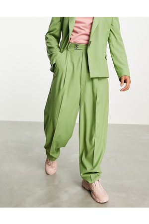 ASOS DESIGN Herre Chinos - High waisted balloon suit trousers in khaki twill-Green