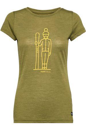 Supernatural W Skieuse Tee T-shirts & Tops Short-sleeved Grønn