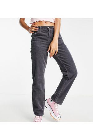 ASOS Petite Dame Straight - ASOS DESIGN Petite mid rise '90s' straight leg jeans in granite cord-Grey