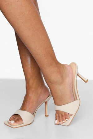 Boohoo Wide Fit Textured Square Toe Mule