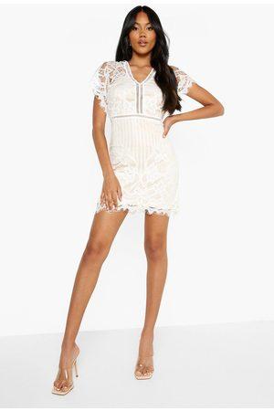 Boohoo Boutique All Over Lace Bodycon Mini Dress