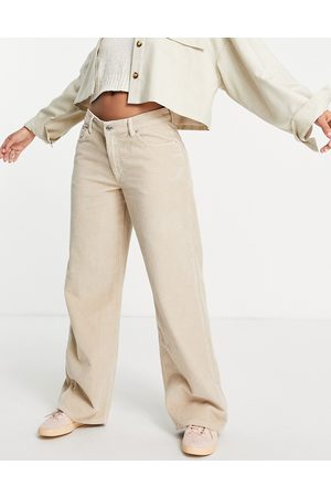 ASOS Low rise 'relaxed' dad jean in cream cord-White