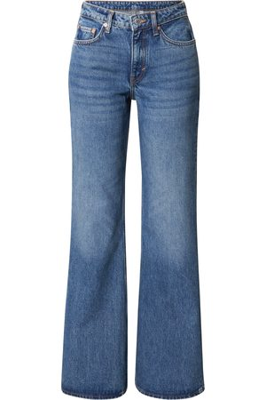 WEEKDAY Dame Bootcut - Jeans 'Tower
