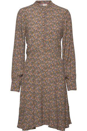 Numph Dame Midikjoler - Nuchabelly Dress Knelang Kjole Beige