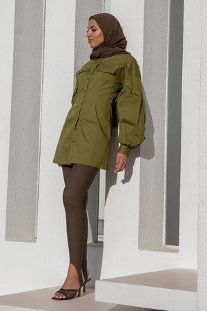 NA-KD Dame Hverdagskjoler - Kjole med markert liv og volumermer