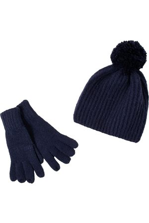 Accessorize Gloves And Hat Set