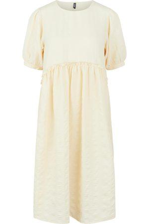 Pieces Dame Korte kjoler - Kjoler 'Ludmilla