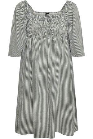 VERO MODA Dame Korte kjoler - Kjoler 'Annabelle