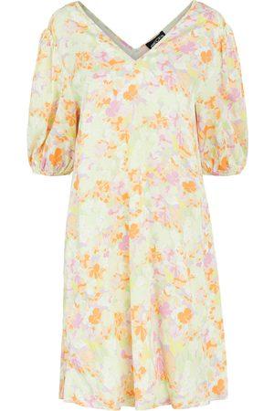 Pieces Dame Korte kjoler - Kjoler 'Tina