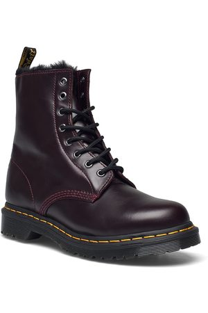 Dr. Martens 1460 Serena Dark Grey Atlas Shoes Boots Ankle Boots Ankle Boot - Flat Svart