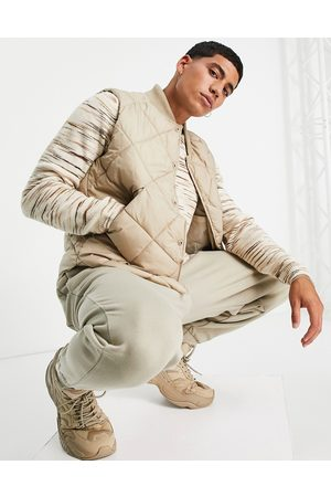 Topman Recycled quilted gilet in stone-Neutral