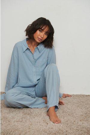 NA-KD Dame Pyjamaser - Loungewear skjorte i lin