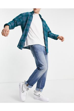 JACK & JONES Intelligence Mike relaxed fit jeans in light blue