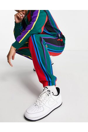 Levi's Levi's x felix the cat capsule collegiate stripe joggers with logo-Multi