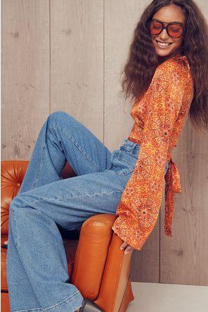 NA-KD Dame Bluser - Bluse med åpen rygg