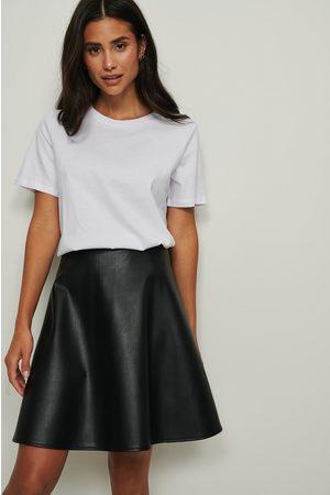 NA-KD Dame Skinnskjørt - Circle PU Skirt