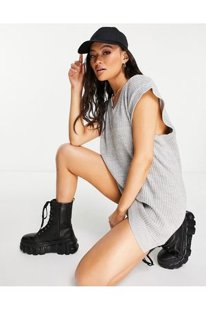 NaaNaa V neck knitted vest dress in grey