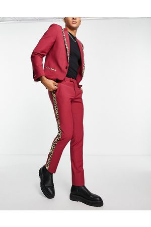 Twisted Tailor Herre Chinos - Suit trousers in red with leopard print side stripe-Black