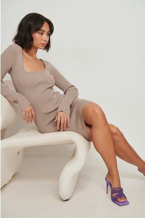 NA-KD Dame Strikkede kjoler - Strikket minikjole med ribber