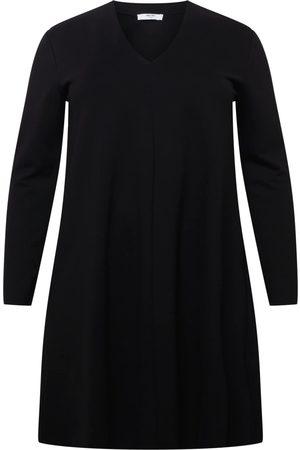 ABOUT YOU Dame Strikkede kjoler - Strikkekjole 'Carina