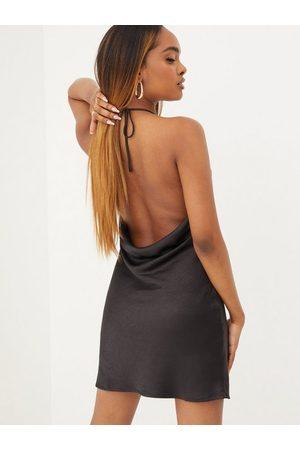 Love Triangle Dame Halterneckkjoler - Halterneck Deep Back Dress