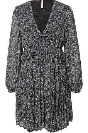 Pepe Jeans Dame Korte kjoler - Kjoler 'Anne